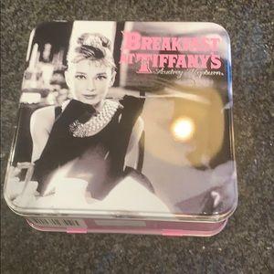 Handbags - Breakfast at Tiffany's lunchbox